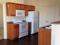 $805 / Month Apartment For Rent