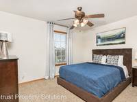 $1,375 / Month Apartment For Rent: 1450 W Lark Street - 2 Bed, 2 Bath Furnished - ...