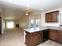 $900 / Month Apartment For Rent: 1700-1740 S. Katie Ave - Sunset Villas, LLC | I...