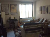 $985 / Month Apartment For Rent