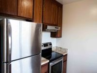 $2,595 / Month Home For Rent: Renovated 2BR/1BA Apt Close To BART, Shopping, Din