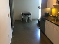 $1,350 / Week Apartment For Rent