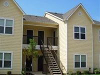 $1,010 / Month Apartment For Rent