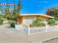 $2,595 / Month Apartment For Rent